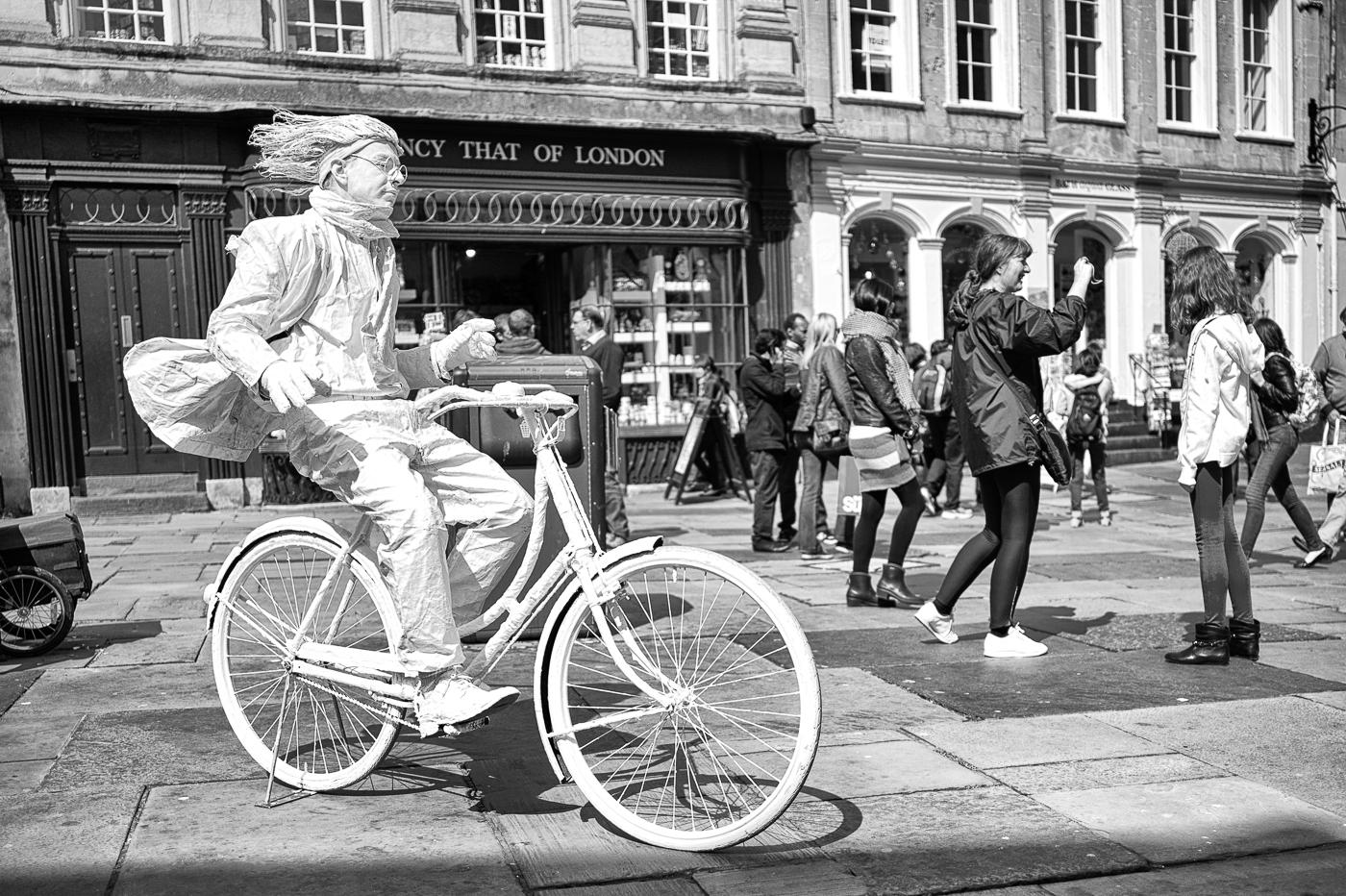 Street Performer, Bath