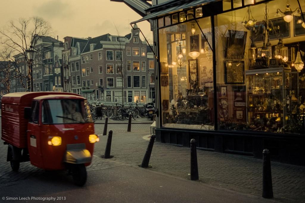 Nieuwe Spiegelstraat, Amsterdam, 35mm Summarit